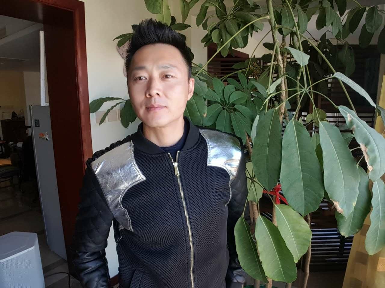 """横店小王子""""古装反派""""演员沈晓海上榜genanx闪电潮牌粉丝名单!"""